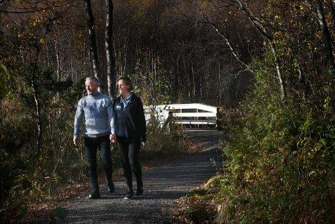 Starter bedrift: Geir Magne Haukås og kona Bente Haukås skal hjelpe folk og bedrifter.