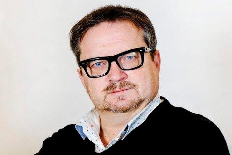 Stein Sneve er journalist og kommentator  t i Avisa Nordland ..