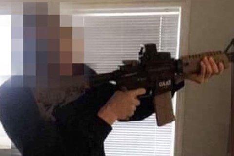 Dette bildet utløste trolig aksjonen mot tre elever på Bodø videregående skole i november i fjor.