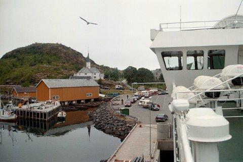 Moskenes kommune i Lofoten vurderer å fri til Bodø kommune om sammenslåing.