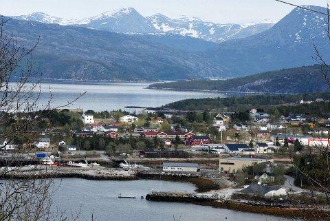 Drag: Drag blir det største tettstedet i nye Hamarøy kommune og har også en betydelig industrivirksomhet. Det blir brukt som argument for å flytte legevaktkontoret dit.