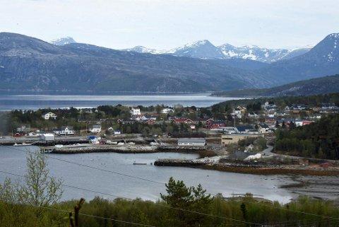 Minimumskrav: Politikere fra Tysfjords vestside krever minimum én fastlege stasjonert ved Drag legekontor og med bosted Drag. Det forutsettes at denne stillingen suppleres med fem faste kontordager i uken på Drag for en av legene som er bosatt i Hamarøy kommune.