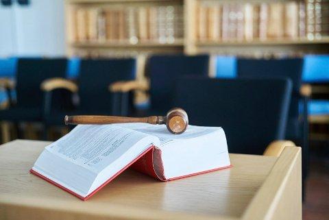 AVGJORDE: En ny dom i kjølvannet av den såkalte Tysfjordsaken er avsagt i Salten tingrett. En bestefar må i fengsel.