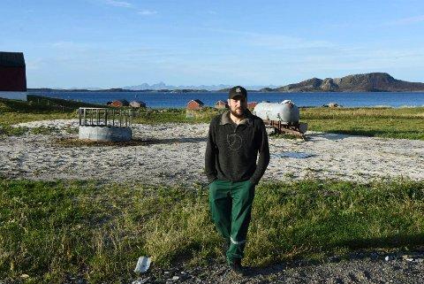 Eirik Hansen er gårdbruker på  Holkestad i Steigen. Nå gjør mange andre bønder som han og investerer tungt.