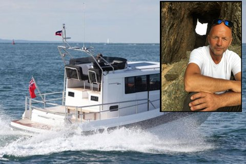 Det er Jan Rydheim (56) som er savnet i en båt som den på bildet.