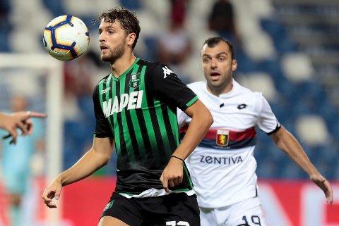 Sassuolo og Manuel Locatelli (t.v.) har fått en god start i Serie A.  (Elisabetta Baracchi/ANSA via AP)