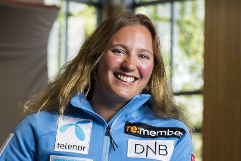 Maria Tviberg kan endelig gjøre det hun liker best igjen: Reise rundt i verden og stå fort på ski!