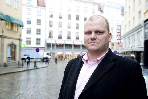 I tillegg til arbeidserfaring fra Storebrand og Optimum, har Daniel Mekki jobbet for Fønwind Prosjekt (tidligere Solmunde & Partners). Nå har sistnevnte gått til sak mot Mekki.