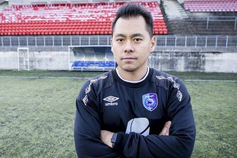 Hiep Tran blir Sotra-trener fra 2020-sesongen av. Dermed forlater han Fyllingsdalen, som har en anstrengt økonomi.