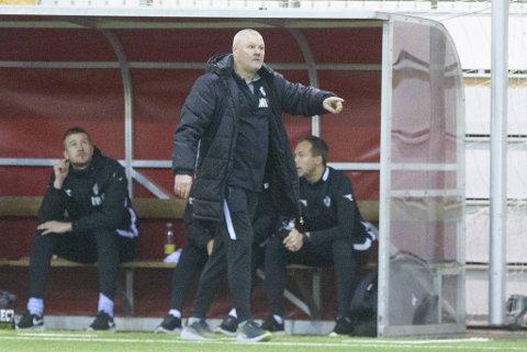 Øygarden-trener Mons Ivar Mjelde mener spillerne fortjent bedre uttelling etter lørdagens kamp i Vestlandshallen.