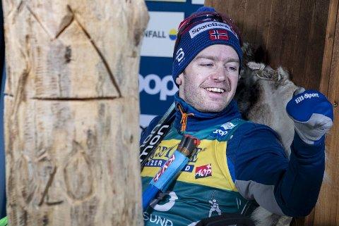 Sjur Røthe ble sittende vel og lenge i lederstolen. Og der ble han!