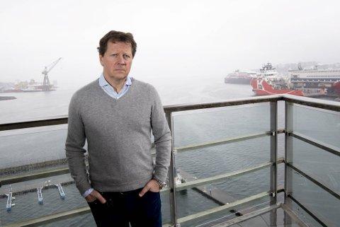 Frydenbø-eier Knut Herman Gjøvaag beskriver situasjonen som tøff. Han ser også lyspunkt.