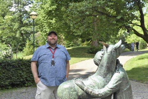 Odd Erik Kleveland Dahl har laget den nye «Parkpodden» som lar deg bli bedre kjent med Nygårdsparkens rike historie.