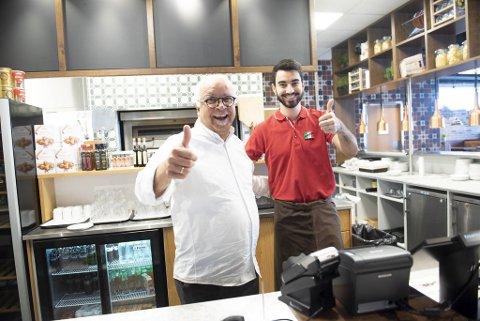 Youssef Mohsen og sønnen Alexander Youssef har åpnet ny Pasta Sentral i Oasen.