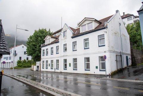 Hospitset i Møllendal som ble åsted for to drap i fjor. Her bor mennesker med tung rusavhengighet i mangel av andre tilbud.