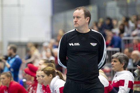 Erlend Lyssand er ikke enig i at sesongen bør avsluttes.