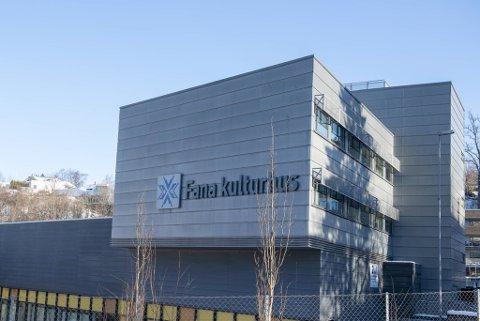 Fana kulturhus ble åpnet i 2009 og eies av eiendomsselskapet Zurhaar & Rubb.