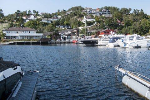 Slik så det ut på Fagernes Yacht Club i fjor sommer, og omtrent slik vil det forbli fremover, lover den nye eieren, Sturla Dyregrov.