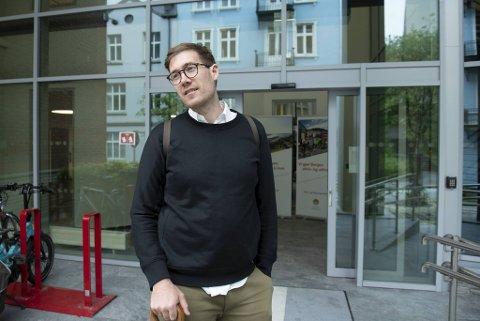 Byråd Thor Haakon Bakke har i to omganger forklart hvorfor han mener gategrunnsleie må inn i loven som behandles av Stortinget.