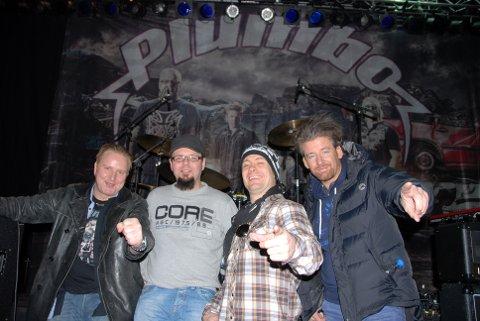 Plumbo spilte i Gudbrandsdalen i går og hele turen til Randaberg har vært et alle tiders «vorspiel», forteller de og lover å være i kjempeform når de kommer på scenen i kveld.