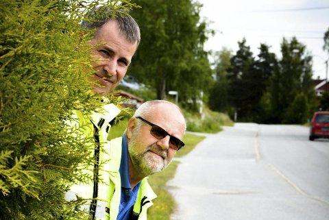 SPANER: Tomm Kristiansen (t.v.) og Leif Næss truer med tvangsklipping på eiers regning.