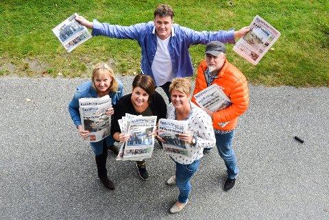VOKSER: Boel Kristin Støvern (foran f.v.), Nina Sandsbråten og Torunn Bratvold jubler sammen med Stig Odenrud (bak t.v.) og Thormod R. Hansen.
