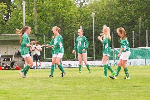 KAN GLEDE SEG: Haugfoss J13-spillerne kan glede seg til Norway Cup, hvor de vil få kinesisk motstand.