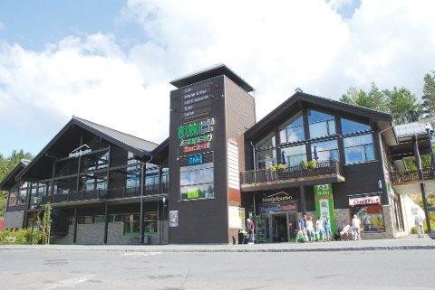 STENGT: Noresund Outlet har bedt om konkursbehandling. Butikken har stengt dørene.