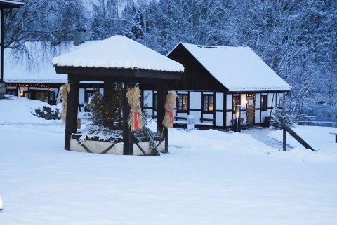 HOLDER ÅPENT: På Blaafarveværket blir det åpent i desember, også i kroa, og de tar i bruk nye hus til servering for at gjestene skal kunne holde god avstand.