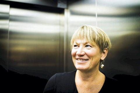 FORNØYD: Nav-direktør i Buskerud Elisabeth Holen er glad ledigheten går nedover, om enn marginalt.