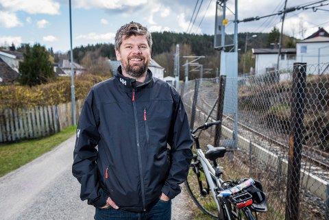 TAR SELVKRITIKK: Ståle Sørensen i Miljøpartiet De Grønne takker Drammens Tidende for kritikken.