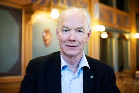 NY PERIODE: Per Olaf Lundteigen (Sp) i stortingssalen, der han håper å sitte i fire nye år etter valget i 2021.