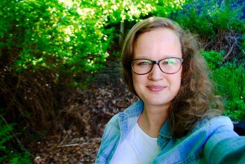 SPILLER: I dag spiller Sarah Strandhus Karlsen i orkester i Bergen. Hun stortrives og har fått venner for livet.
