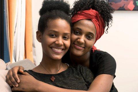 TAKKNEMLIGE: Segen Tekle og Liya Gebrezgabher kommer fra Eritrea.