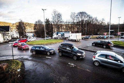 OVERTAR FYLKESVEIADMINISTRASJONEN: Viken skal ha ansvaret for fylkesveiene fra nyttår, og trenger mange nye medarbeidere til arbeid med veier og annen infrastruktur.