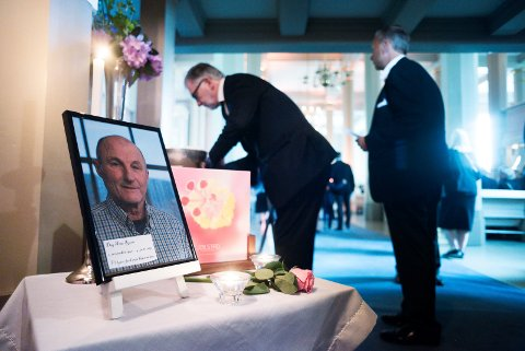 DAG ARNE ROUM (1946-2019): Den folkekjære presten ble bisatt i Strømsø kirke tirsdag ettermiddag.