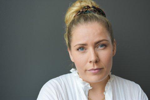 FRUSTRERT: Sandra Emilie Sørsdahl ble feiloperert på Drammen sykehus.