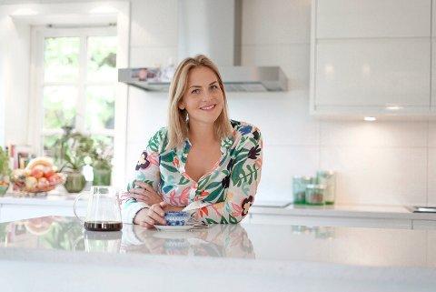 HAR IKKE FORANDRET SEG: Drammenser Lise-Lotte Ask-Henriksen (32) har over 17.000 følgere på Instagram. Likevel har ikke det forandret henne.