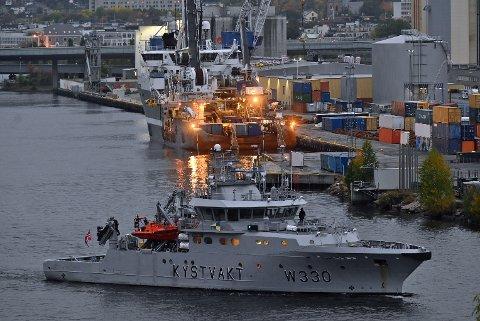 – Fartøyet er bygd i 2006 og er opp til 50 meter lang, sier Ivar Moen, oberstløytnant, og talsmann for Forsvarets operative hovedkvarter