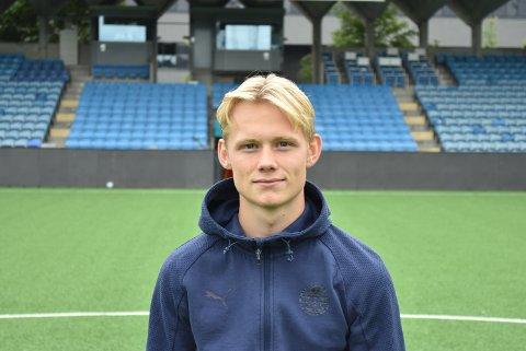 NY KONTRAKT: Tobias Fjeld Gulliksen signerte mandag under på en ny kontrakt med Strømsgodset