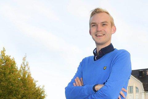 STEMMER IKKE: Adrian Tollefsen avviser kritikken og forteller at både SP og MDG ble invitert inn i varmen. SV og Ap var de eneste som ikke var med i Høyres planer.