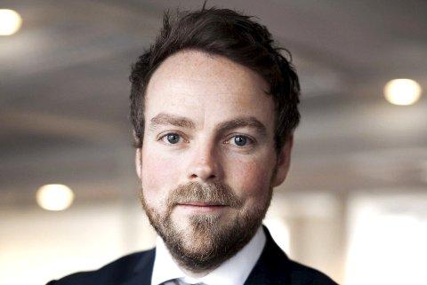 ANGRIPES: Kunnskapsminister Torbjørn Røe Isaksen utfordres av den lokale SP-toppen, Magnus Weggesrud.  FOTO: ARKIV