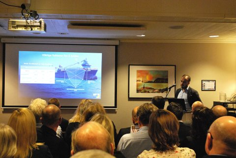 KLARE: Roman Fredriksen sier at Honningsvåg maskinstasjon er klare til å levere stein til næringslivet i regionen.