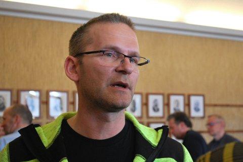 Fredrik Helgesen  er fornøyd med at det er hele 14 personer som ønsker å jobbe i Nordkapp havn.