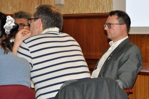 Etter nyheten om FeFos og Ricas festekontrakt kom ut, er ikke ordfører Jan Olsen i Nordkapp kommune videre imponert.