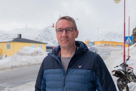MÅKER: Thomas Olsen sin nye bedrift har kun levd en uke, men han har allerede rukket å få et par oppdrag.