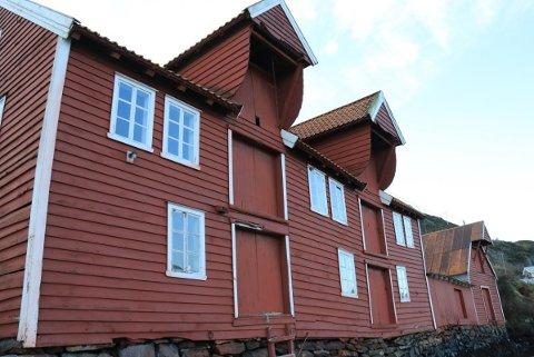 LISETBUA: Den er forfallen, skakk og skeiv etter å ha vore Kystmuseet i Sogn og Fjordane sitt ansvar i snart 30 år.