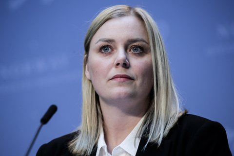 Regjeringa varslar innstrammingar i regelverket for utbygging av vindkraft. Her olje- og energiminister Tina Bru (H). Foto: Vidar Ruud / NTB scanpix