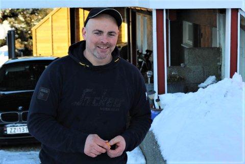 PROBLEM: Brannmeister og rørlegger Kurt Ask fortel det paradoksale i at mildvêret kan gjere til at vassrøyra dine fryser lettare.