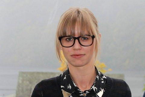 OPPDAGA FEIL: Økonomisjef Annikken Myklebust i Fjaler kommune.